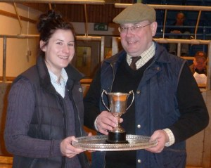 LIAM MUIR PRESENTS THE RESERVE PLATE AND YFC CUP TO INGA KEMP